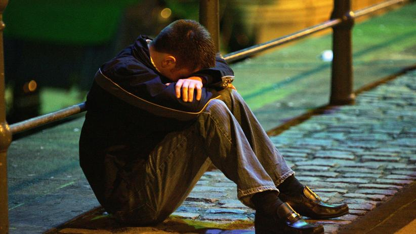 """Alkoholismus: """"Mit dem Alkohol könnte ich jederzeit aufhören, aber ich will es nicht"""", sagte der Vater unserer Autorin."""