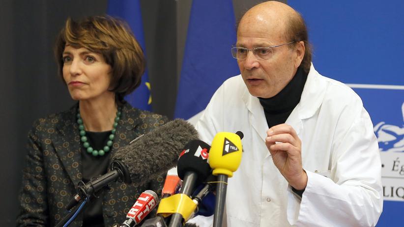 Frankreich: Die französische Gesundheitsministerin Marisol Touraine und der Chefneurologe Gilles Edan bei einer Pressekonferenz in Rennes
