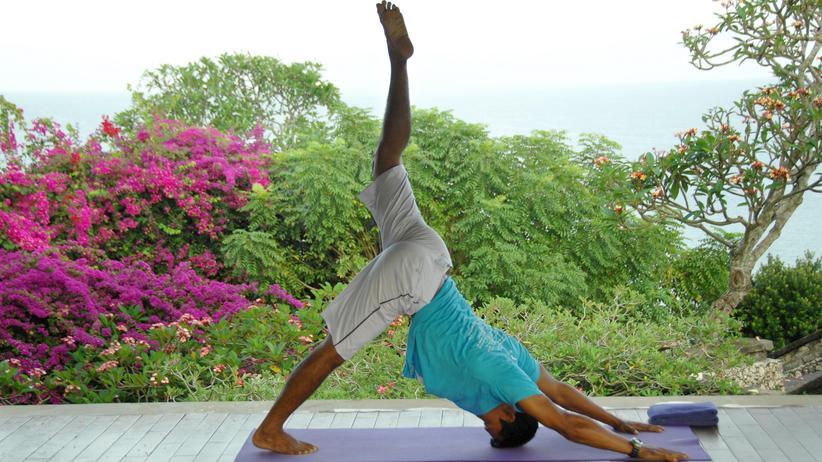 Faszien-Training: Noch Yoga oder schon Faszientraining? Der Unterschied ist oft kaum zu erkennen.