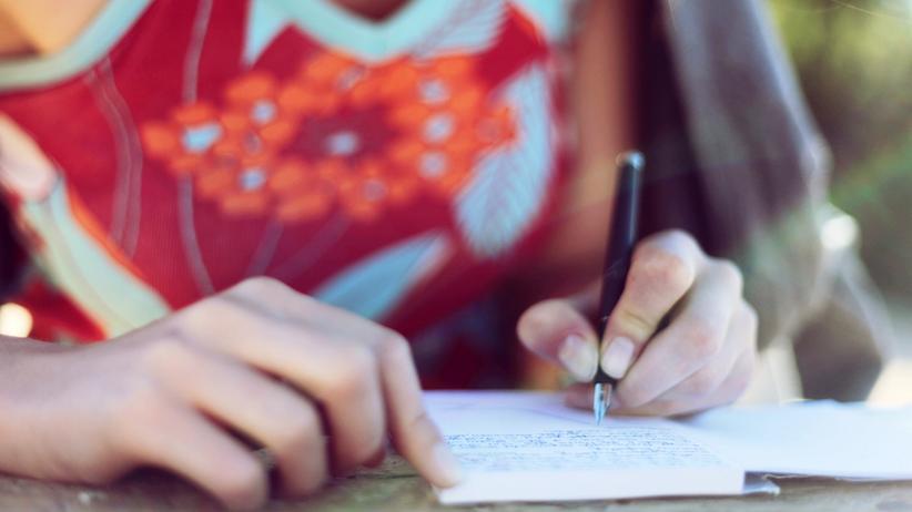 """Tagebuch schreiben: """"Liebes Tagebuch, danke, dass Du mich geheilt hast"""""""