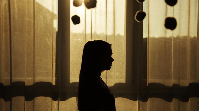Jugendliche: Die Hälfte aller psychischen Störungen, die junge Erwachsene haben, haben bereits in der Kindheit oder in der Pubertät begonnen.