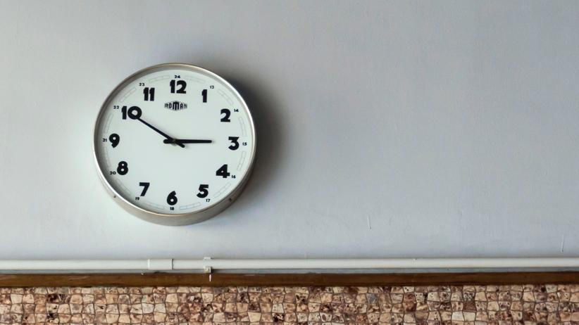 Sommerzeit: Immer mehr Deutsche finden zu wenig Zeit, um zu schlafen.