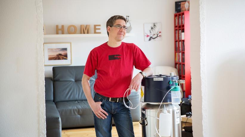 Stoffwechselkrankheit: Seit seiner Lungentransplantation braucht Philipp Pressel das Sauerstoffgerät nicht mehr.