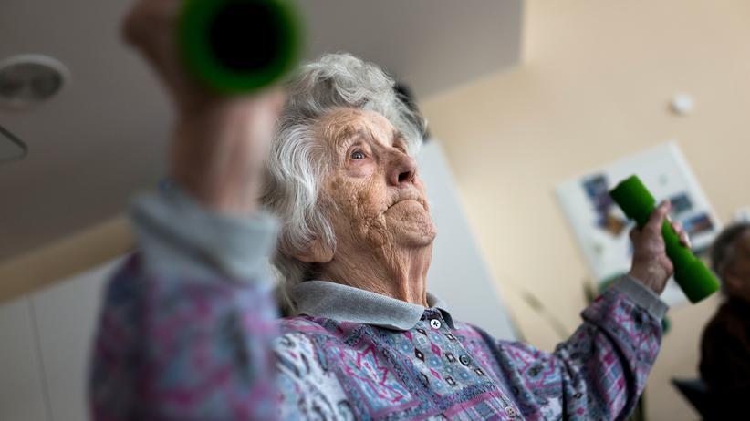 Alzheimer: Trainieren, noch im hohen Alter? Das Demenzrisiko kann das senken.