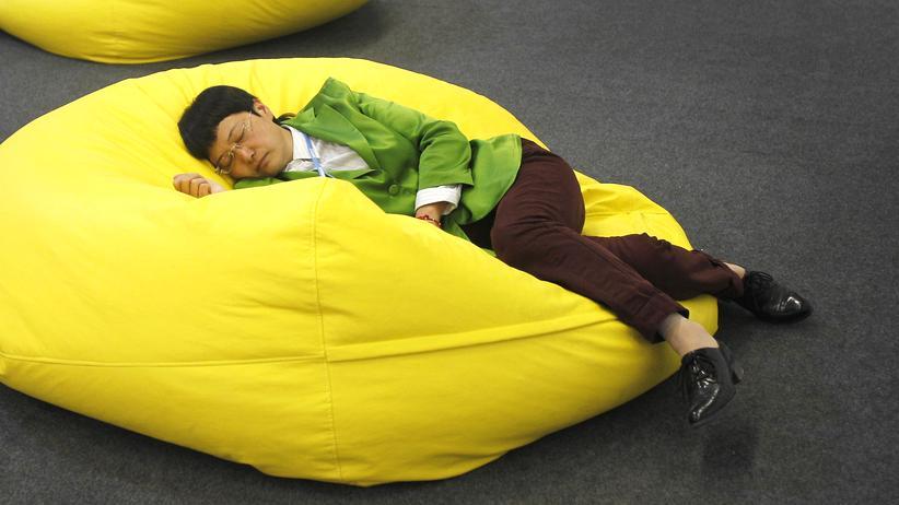 Schlafforschung: Warum sich Schlaf nicht bunkern lässt
