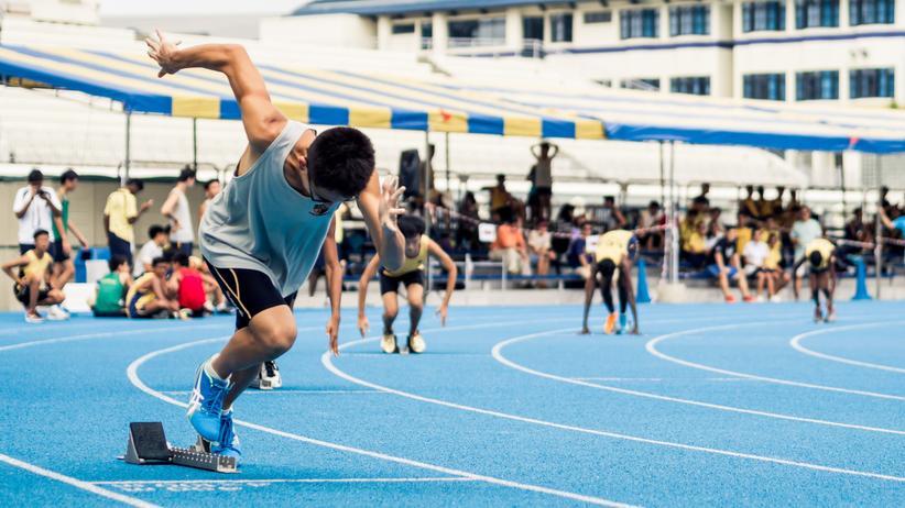 Gesundheit: Wer Sport treibt, ist motorisch gesehen im Schnitt zehn Jahre jünger als Menschen, die sich nur wenig bewegen.
