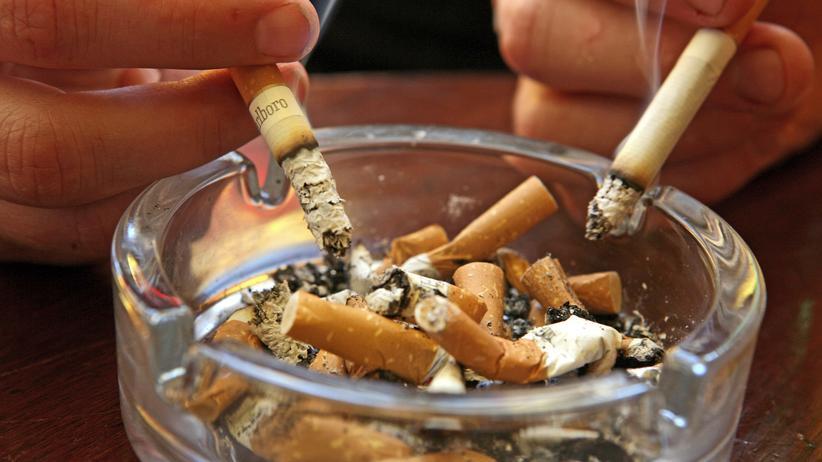 Tabak: Zigarettenrauch klebt monatelang an Oberflächen