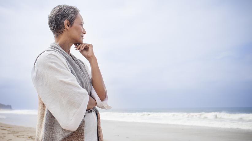 """Hormontherapie: Lukrativ, unkompliziert, effektiv – nach Meinung der Frauenärztin ist es für Ärzte """"verführerisch"""", eine Hormontherapie zu verschreiben."""
