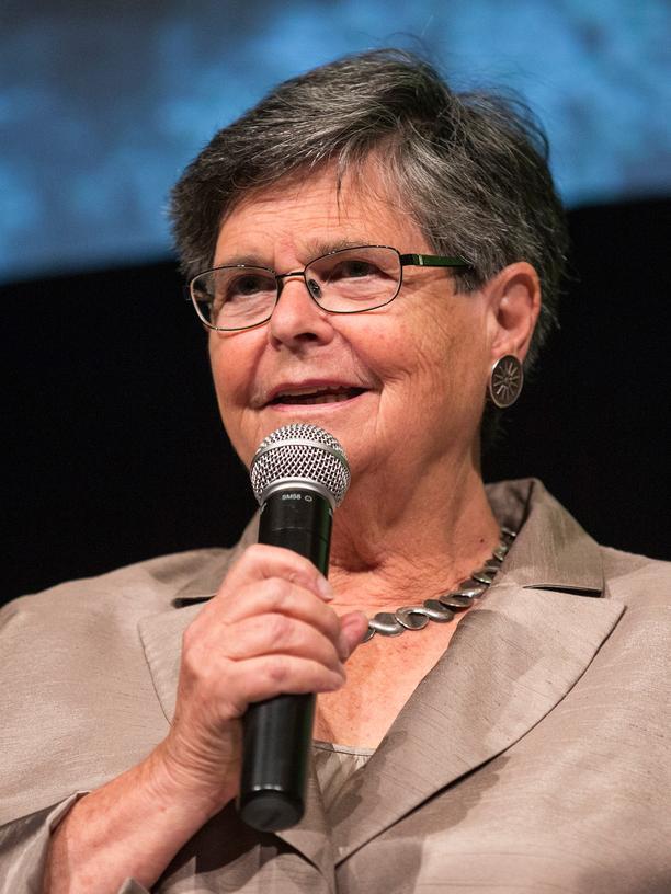 Opioid-Krise in den USA: Die ehemalige Bundespräsidentin der Schweiz, Ruth Dreifuss, während einer Veranstaltung in New York im Jahr 2014. Dreifuss ist derzeit eine Vorsitzende der Weltkommission für Drogenpolitik. Die Nichtregierungsorganisation wirbt für eine evidenzbasierte Drogenpolitik, die die Gesundheit von Menschen in den Mittelpunkt rückt.
