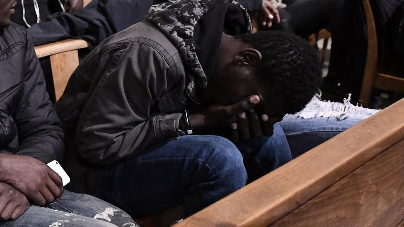 Posttraumatische Belastungsstörungen: Unbegleitete minderjährige Flüchtlinge sind nach der EU-Aufnahmerichtlinie besonders schutzbedürftig, auch ihre psychische Gesundheit soll sichergestellt werden.