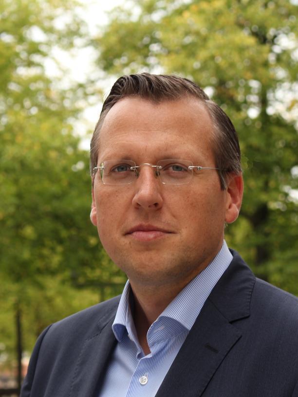 Der Pharmazeut Martin Smollich ist Professor für Ernährungsmedizin am Uniklinikum Schleswig-Holstein und außerordentliches Mitglied der Arzneimittelkommission der deutschen Ärzteschaft.