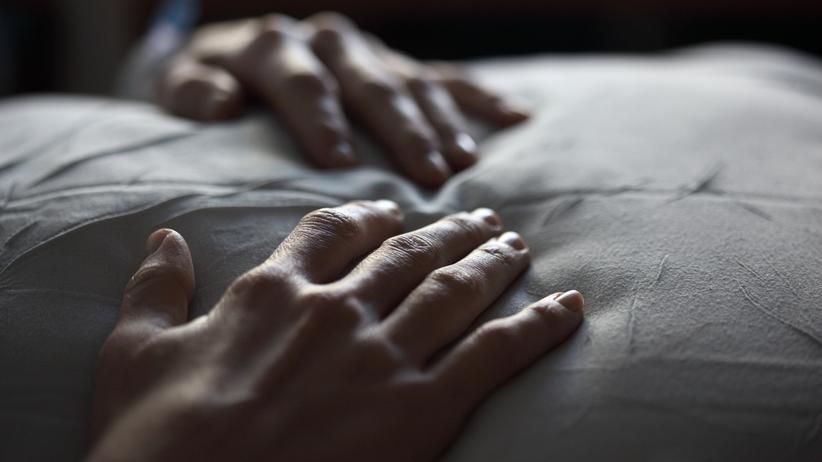 Sterbebegleitung: Ärzte müssen keine Menschen retten, die schwer krank sind und sterben wollen.