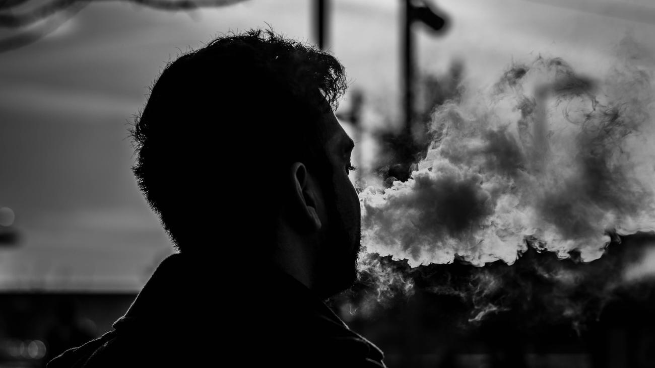 E-Zigaretten: Was Sie über die Fälle von Lungenkrankheit in den USA wissen sollten