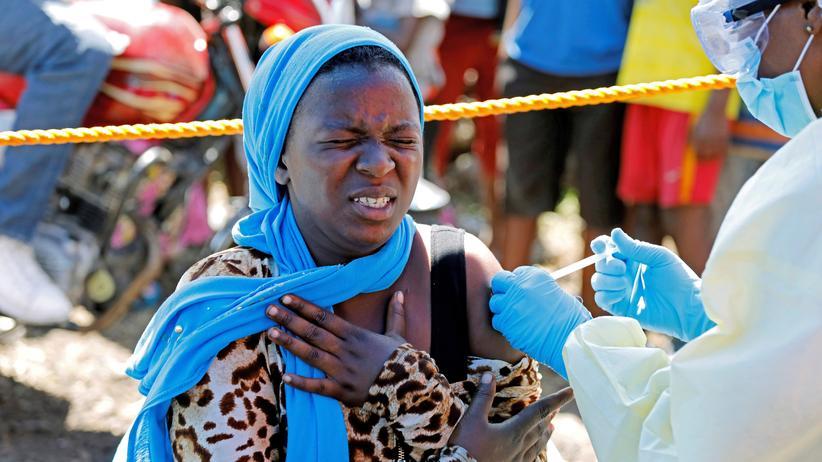 WHO: Ebola-Impfung in der kongolesischen Stadt Goma. Der Impfstoff existiert seit 2017, über 100.000 Menschen haben ihn erhalten.