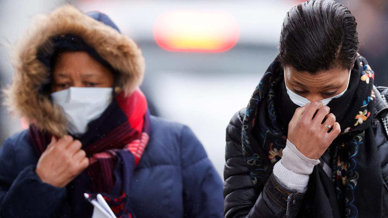 Coronavirus Covid-19: Jens Spahn will Schutzmasken im Zweifel beschlagnahmen lassen