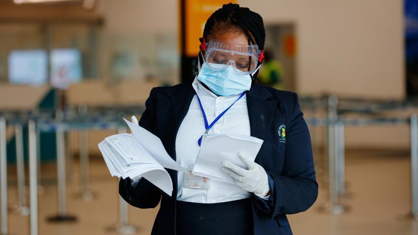Coronavirus Covid-19: Auch in Ghana  – wie hier Flughafen in Accra – treffen Behörden, Unternehmen und die Menschen Vorkehrungen, damit sich das Coronavirus Covid-19 nicht in ihrem Land ausbreiten kann.