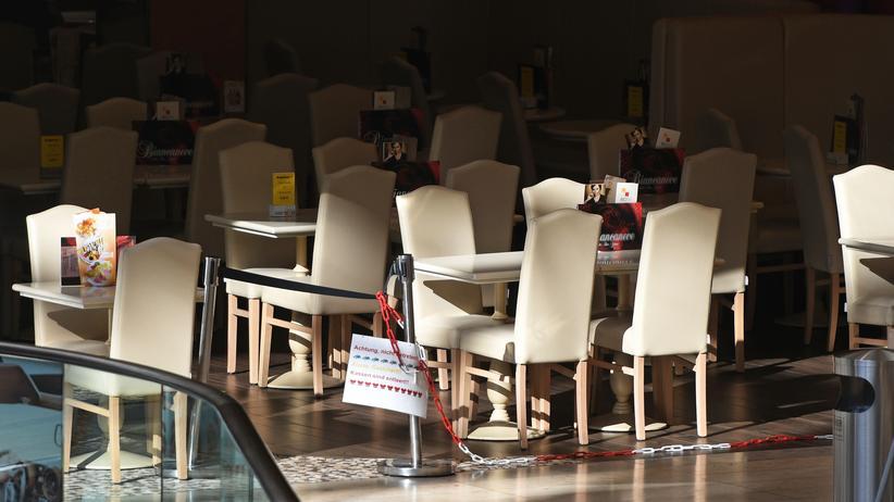 Coronavirus: So wie hier in Dortmund wird es bald abends in vielen Restaurants aussehen.
