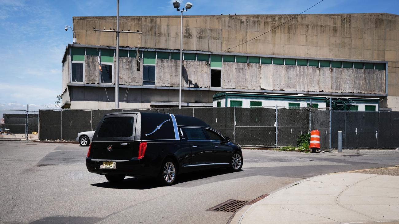 Covid-19: USA melden mehr als 100.000 Corona-Tote