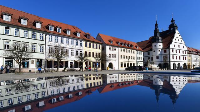 Coronavirus in Deutschland: Branche stellt mehr Schulbusse bereit – Teillockdown in Hildburghausen