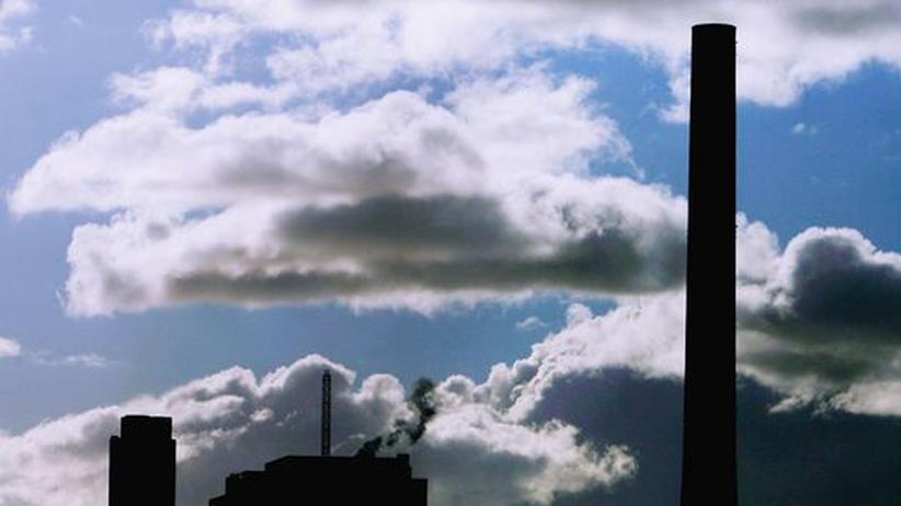 Klimaforschung: Der Rückgang des Wasserdampfgehalts in der Atmosphäre trägt maßgeblich zur Abschwächung des Treibhauseffektes bei