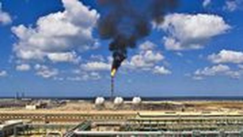 Ölkatastrophe Umweltverschmutzung Mittelmeer Ölpest Tanker