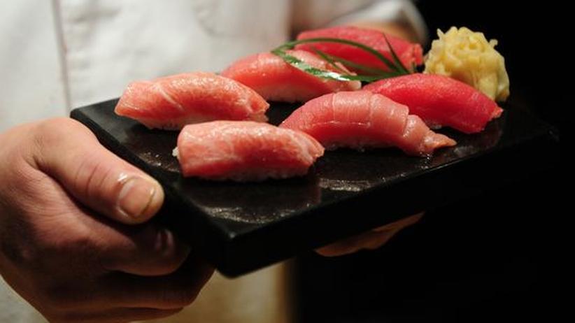 Das besonders beliebte Thunfisch-Sushi kann mit Quecksilber verseucht sein