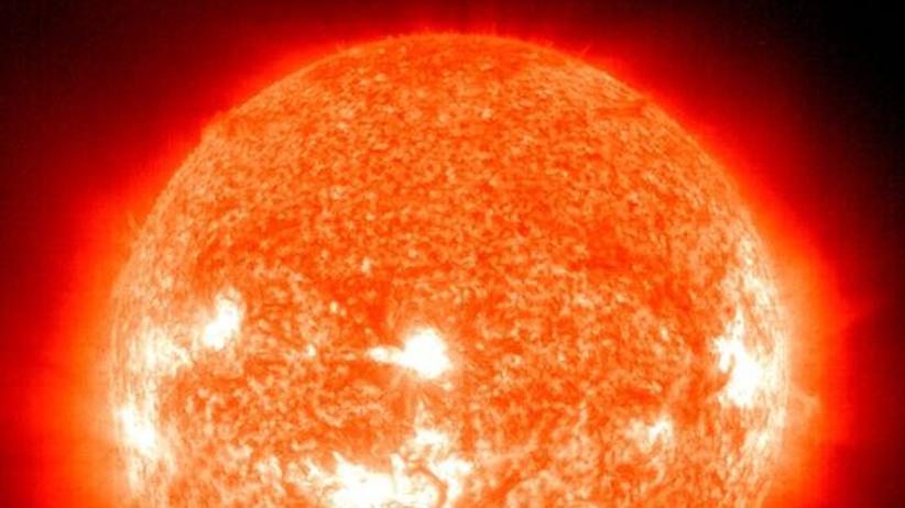 Astronomie: Sonne aus dem Tritt