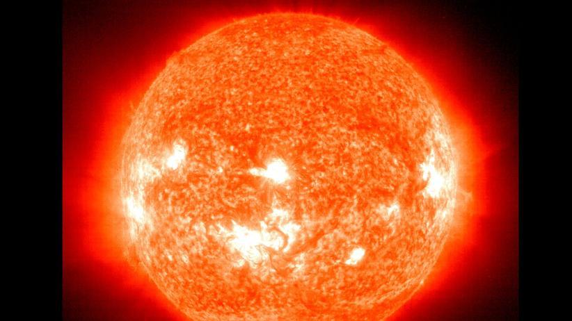 Astronomie: Die Sonne schaltet auf Sparflamme