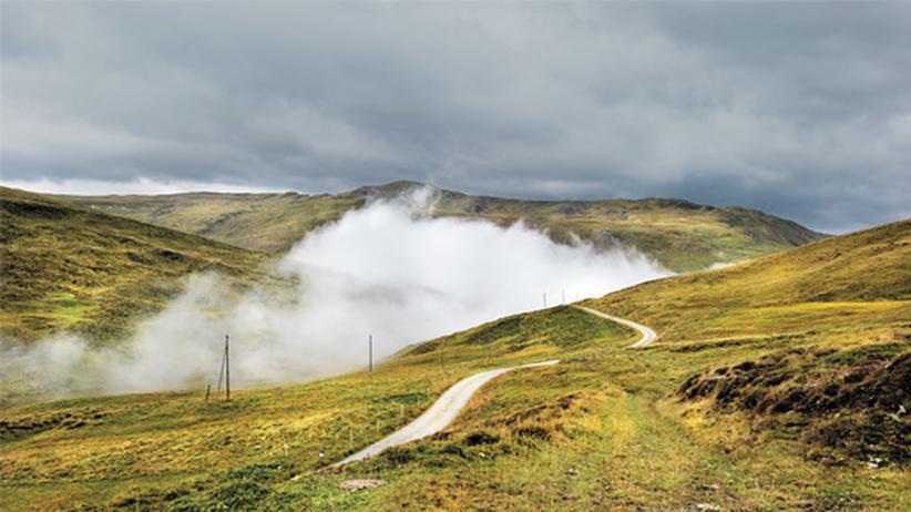 Windenergie: Windräder zwischen Schweizer Bergen
