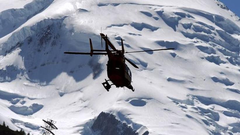 Lawine Mont Blanc Alpen Lawinenforschung Schnee Helikopter