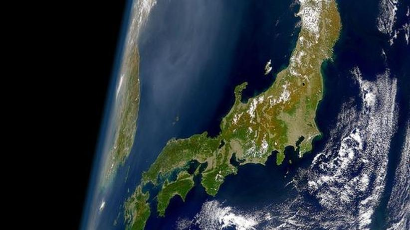 Blick auf Japan aus der Satellitenperspektive