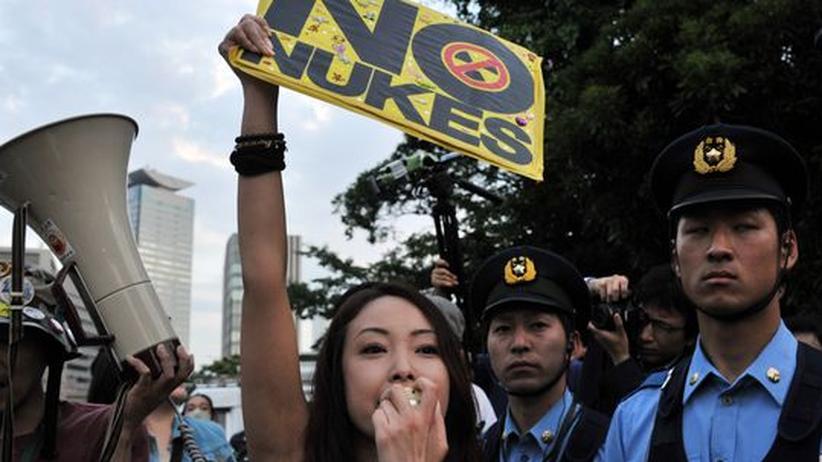 Protest: Zehntausende Japaner demonstrieren gegen Atomkraft