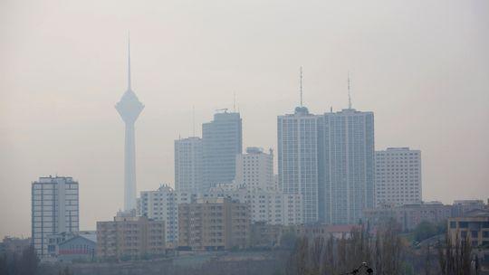 Teheran am letzten zusätzlichen Feiertag gegen die Luftverschmutzung im Dezember 2012
