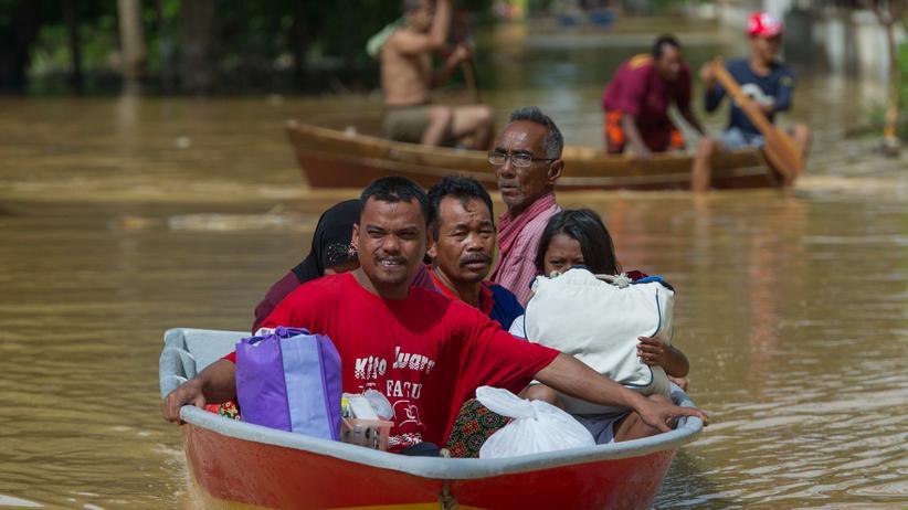 Erdrutsch Regen Flut Asien