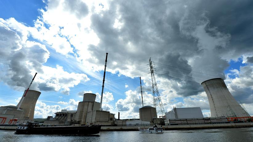 Energiepolitik: Bröckel-Reaktor? Bröckel-Brüssel!