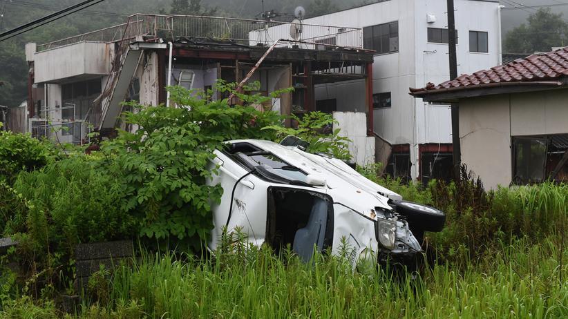 Japan: In Tomioka, einem Dorf nördlich von Naraha, sind auch noch vier Jahre nach der Katastrophe deutliche Schäden zu sehen.