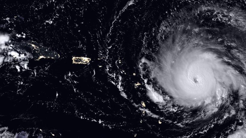 Hurrikan Irma: Erdbeobachtungssatelliten der Nasa haben den Wirbelsturm Irma aus dem All aufgenommen. Dieses Foto stammt vom 5. September, als er bereits zu einem Hurrikan der Kategorie 5 angewachsen war.