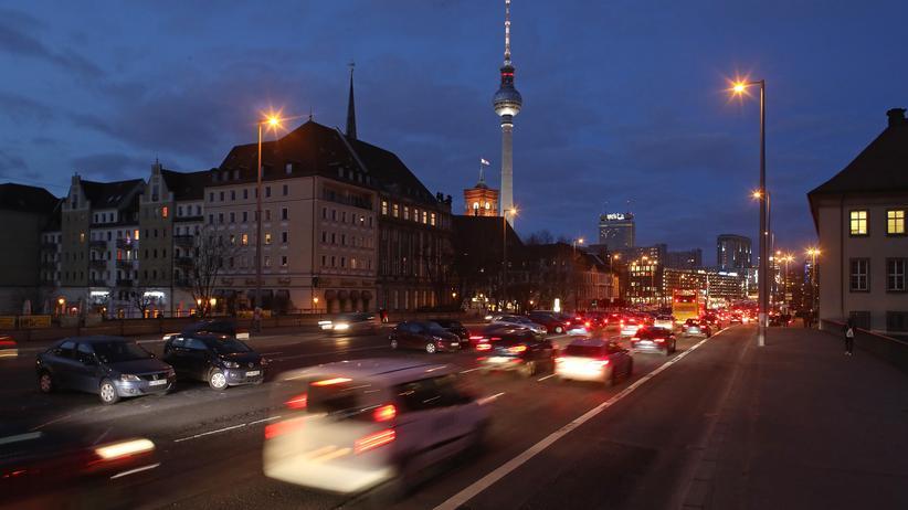 Abgase: Eine Straße in Berlin