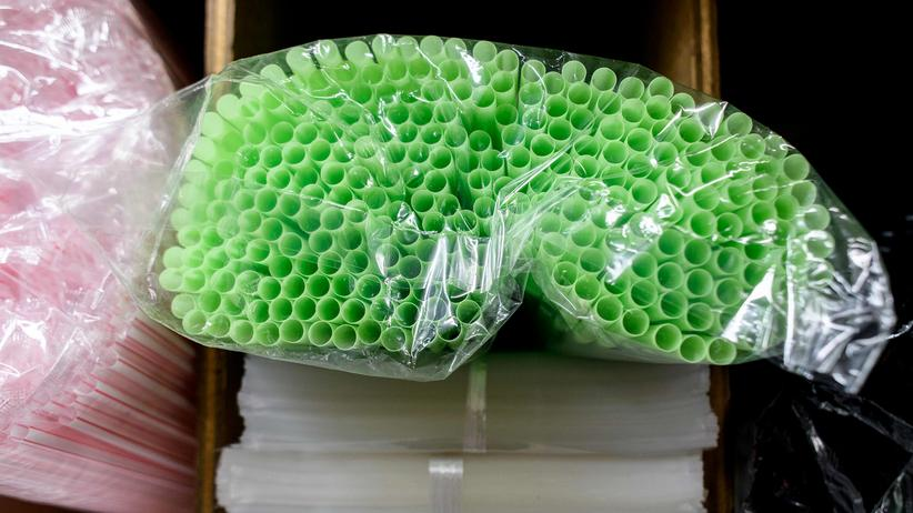 Umweltschutz: Die EU-Kommission erwägt, Plastikstrohhalme verbieten zu lassen. In Ruanda ist das längst so.