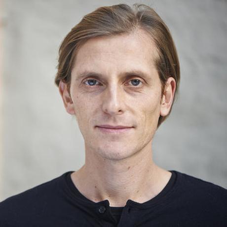 """Flugverzicht: Matthias Schmelzer arbeitet für das Konzeptwerk Neue Ökonomie und an der Universität Jena. Er ist in der Klimagerechtigkeitsgruppe """"Am Boden bleiben"""" aktiv."""