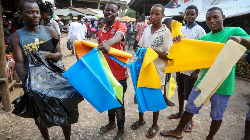 Plastikmüll: Tansania verbietet Plastiktüten