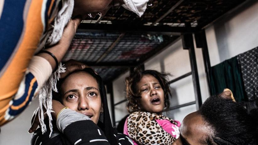 Libyen: Jawaher (links) in der Zelle der Ausländerbehörde in Subrata