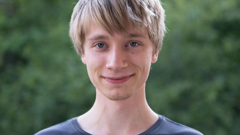 Ostdeutsche: Sandro Schroeder wurde 1992 in Sachsen-Anhalt geboren. Er studiert Journalistik in Bremen.