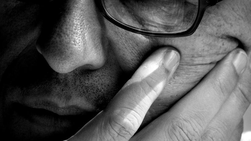 Die großen Fragen der Liebe: Braucht er Psycho-Tipps aus der Zeitschrift?
