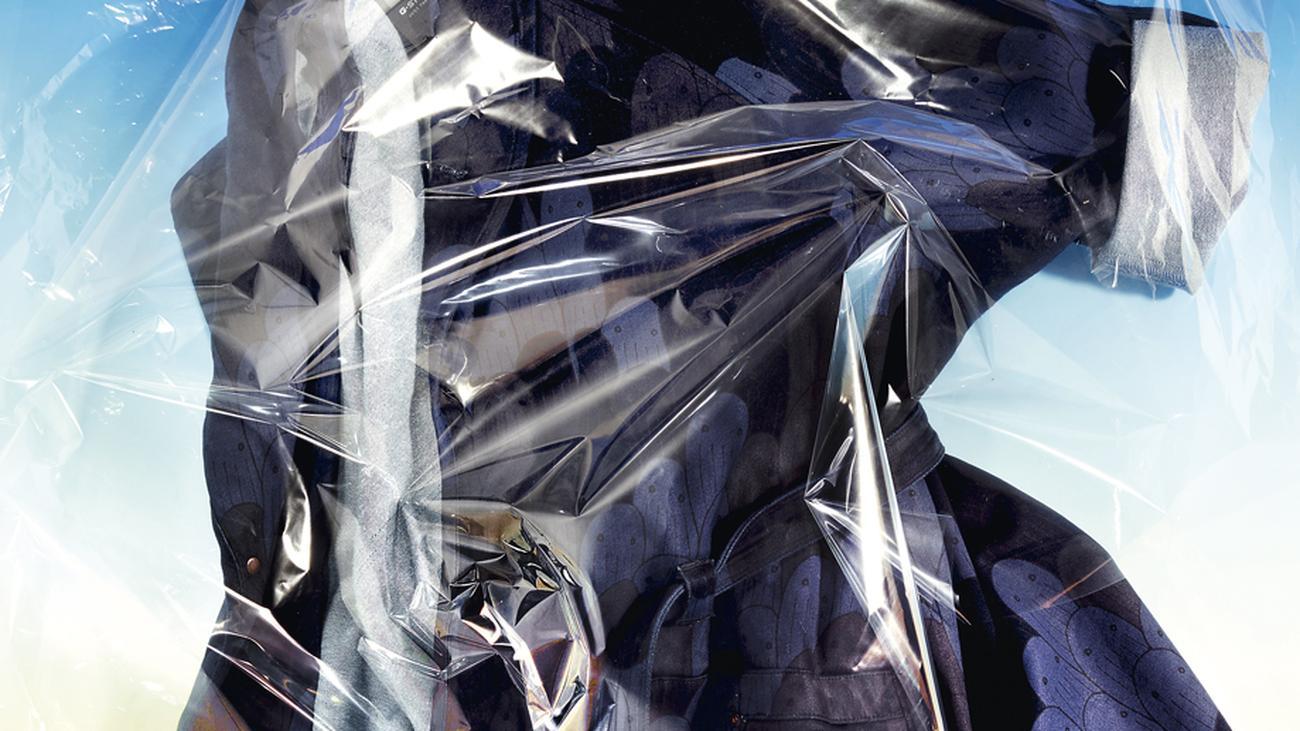 der abfall von heute ist die mode von morgen zeitmagazin. Black Bedroom Furniture Sets. Home Design Ideas