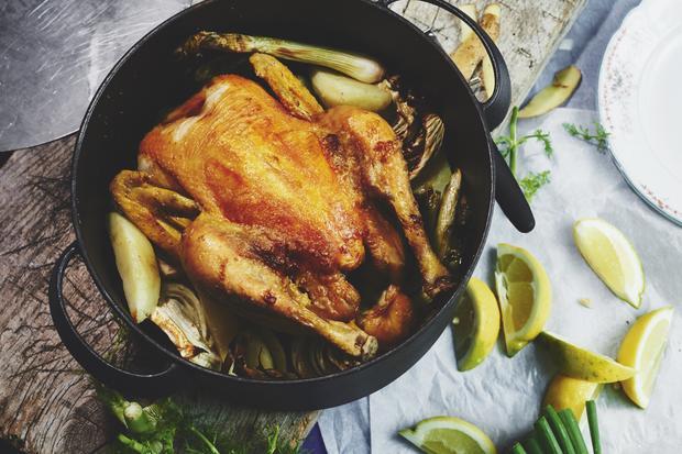 Wochenmarkt: Ein Huhn, das sich von alleine brät