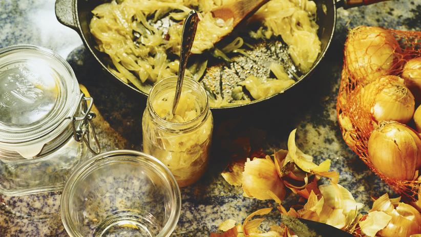 Zwiebelmarmelade: Butter bei die Tante
