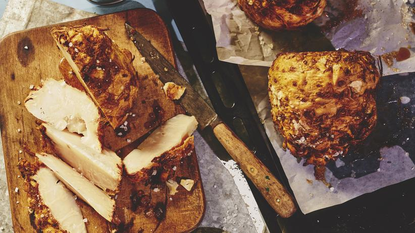 Wochenmarkt: Im Ganzen gebackener Sellerie