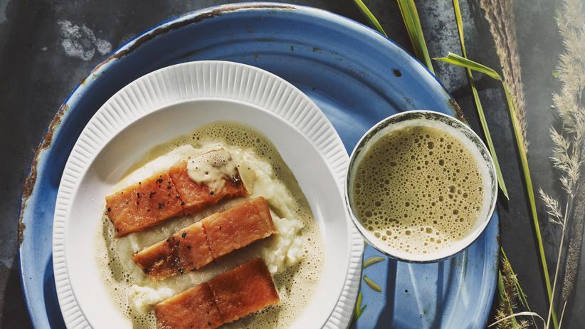 Matcha-Suppe: Tee mit Soße