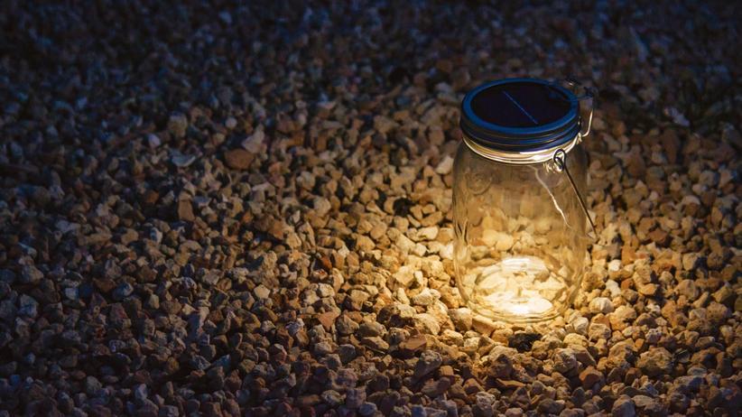 Unter Strom: Verbreitet gemütliches Licht: Die LED-Leuchte von Sonnenglas.